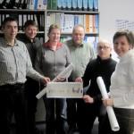 Torsten Schäfer (2.v.r.) und sein Team wollen der Stadt mit der Bildpatenschaft etwas zurückgeben.